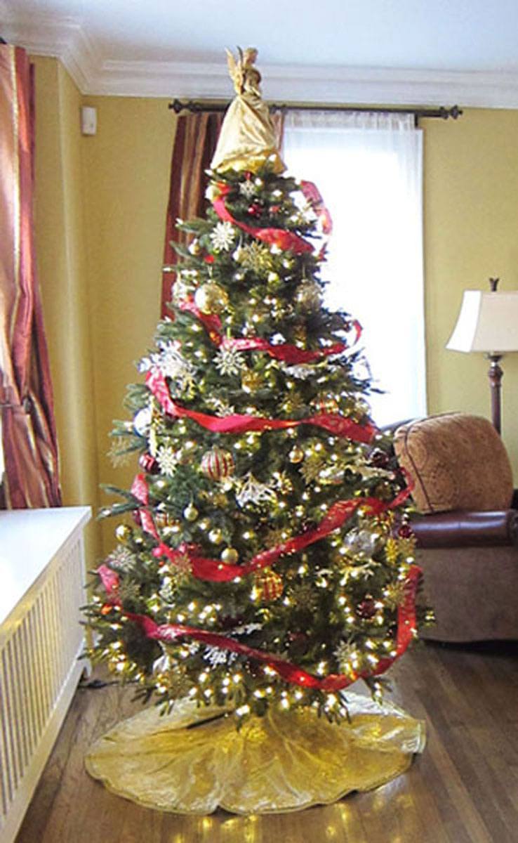 christmas tree decorating service by heather mcmanus of artistry interiors in nj